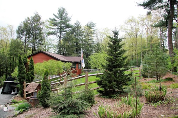 Log Home,Ranch, Residential - Hawley, PA (photo 3)