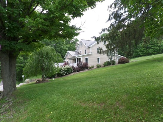 Residential, Farm House,Traditional - Lakeville, PA (photo 1)