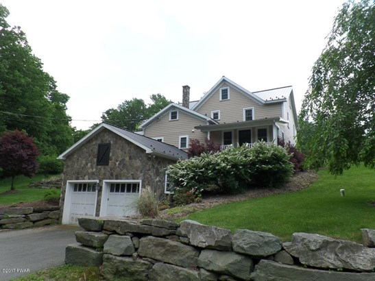 Residential, Farm House,Traditional - Lakeville, PA (photo 2)