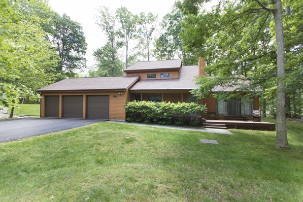 Contemporary, Detached - Greentown, PA (photo 1)