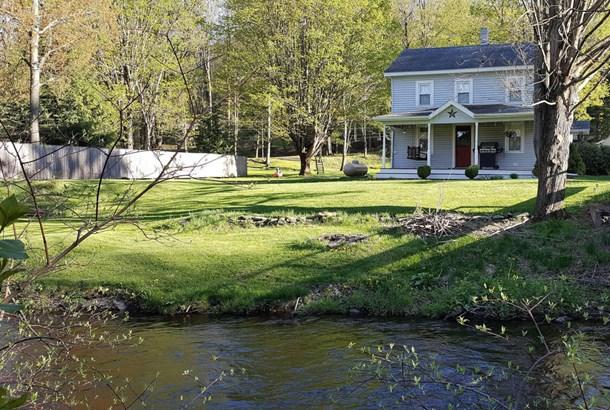 Farm House, Detached - Waymart, PA (photo 1)