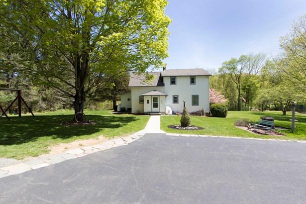 Farm House, Residential - Matamoras, PA (photo 2)
