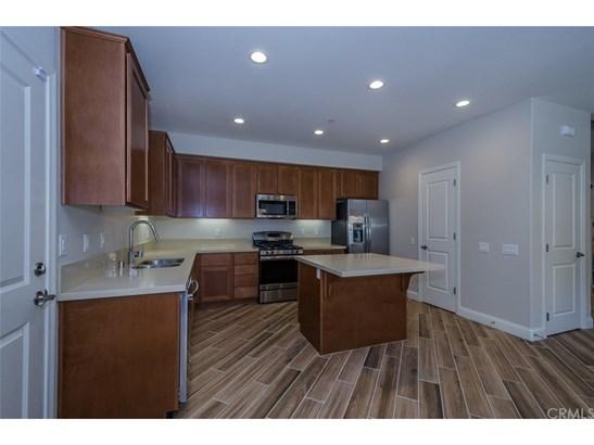 Condominium - Atascadero, CA (photo 3)