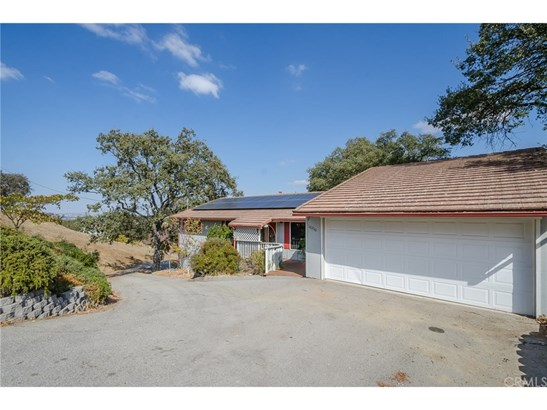 Single Family Residence - Atascadero, CA (photo 2)