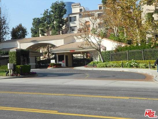 Mediterranean, Condominium - Los Angeles (City), CA (photo 2)