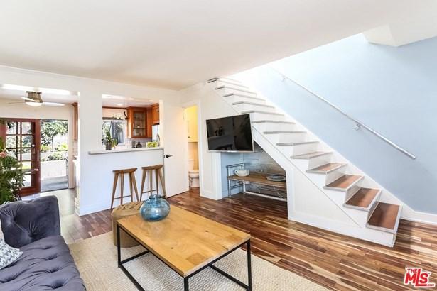 Condominium, Low Rise,Traditional - Santa Monica, CA (photo 1)
