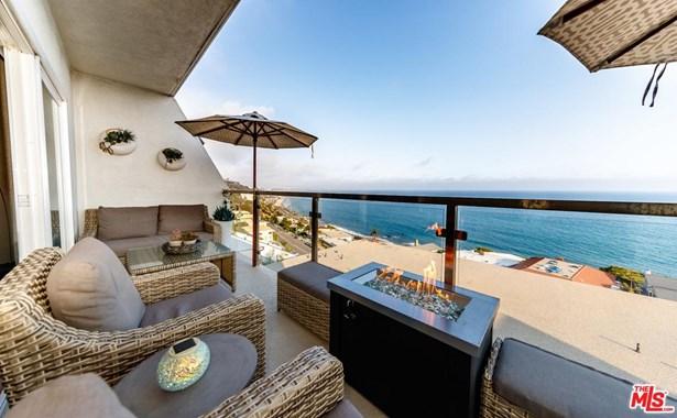 Condominium, Contemporary - Malibu, CA (photo 4)