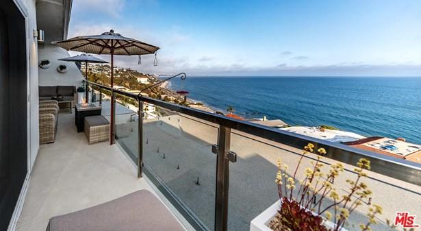 Condominium, Contemporary - Malibu, CA (photo 5)