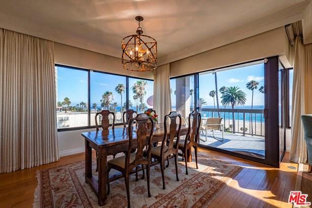 Condominium, Contemporary - Santa Monica, CA (photo 4)