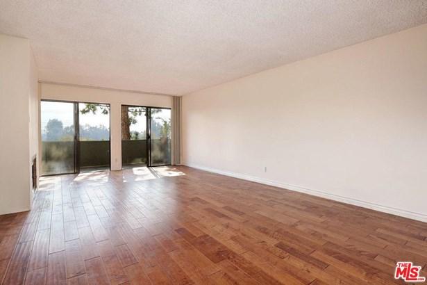 Condominium, Low Rise,Contemporary - Pacific Palisades, CA (photo 4)