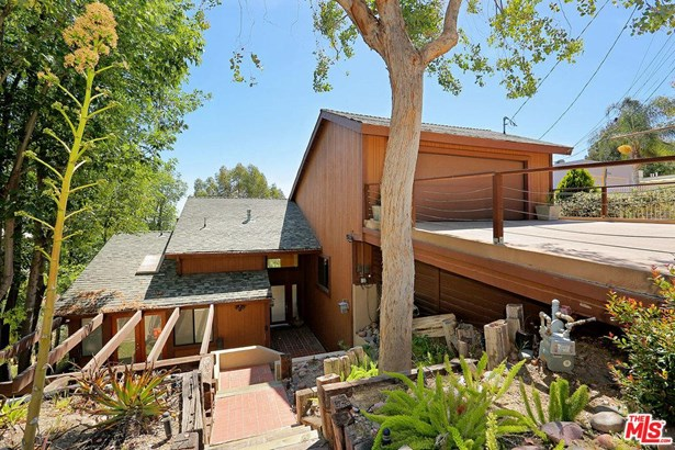 Rustic, Single Family - Woodland Hills, CA (photo 2)