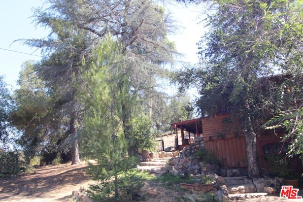 Rustic, Single Family - Agoura Hills, CA (photo 4)