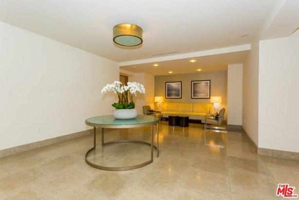 Condominium, Contemporary - Los Angeles (City), CA (photo 4)