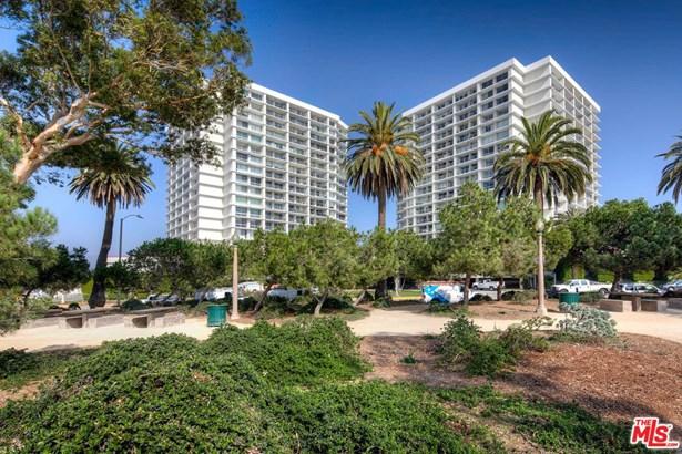 Condominium, Contemporary,High or Mid-Rise Condo - Santa Monica, CA (photo 2)