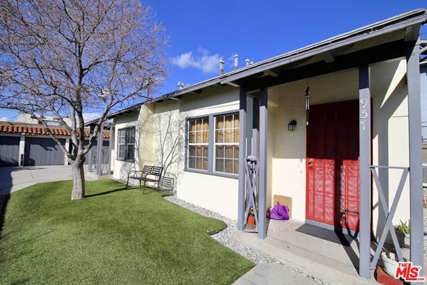 Residential Income - Los Angeles (City), CA (photo 1)