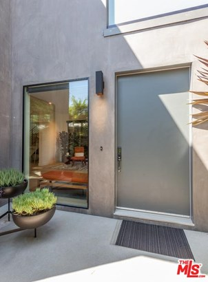 Architectural, Single Family - Los Angeles (City), CA (photo 4)