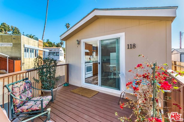 Mobile Home - Pacific Palisades, CA (photo 1)