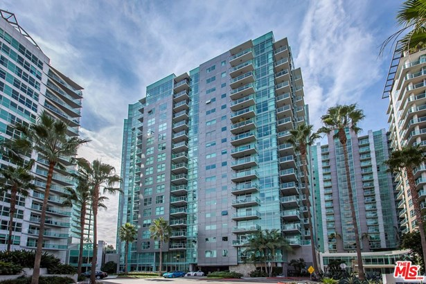 Condominium, Architectural,High or Mid-Rise Condo - Marina Del Rey, CA (photo 1)
