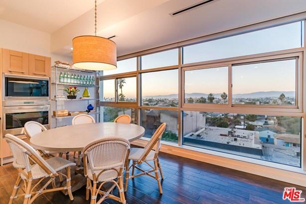 Condominium, Contemporary,High or Mid-Rise Condo - Marina Del Rey, CA (photo 1)