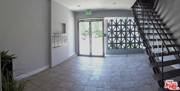 Condominium, Low Rise,Contemporary - Los Angeles (City), CA (photo 2)