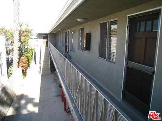 Condominium, Low Rise,Contemporary - Santa Monica, CA (photo 3)