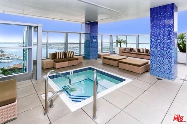 Condominium, High or Mid-Rise Condo,Architectural - Marina Del Rey, CA (photo 2)