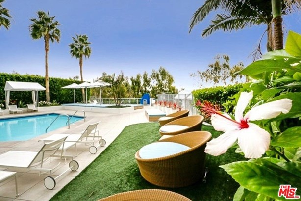Condominium, High or Mid-Rise Condo,Architectural - Marina Del Rey, CA (photo 5)