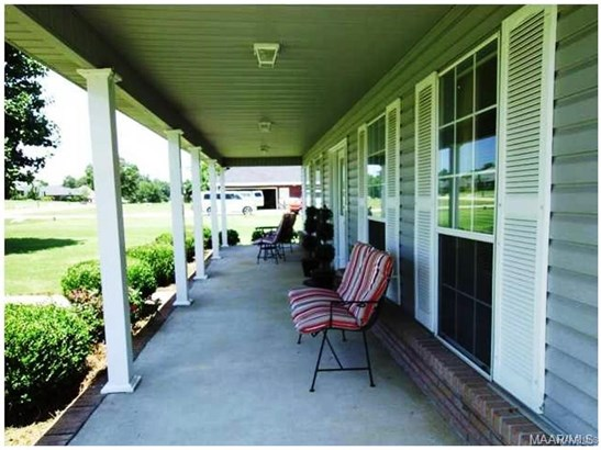 Single Family - Deatsville, AL (photo 2)