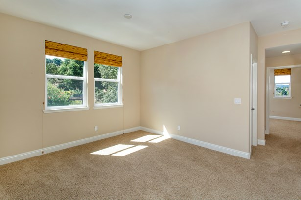 220 Mission Drive, Petaluma, CA - USA (photo 4)