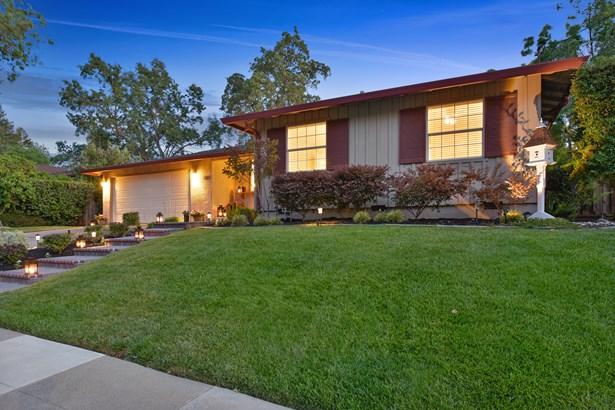 567 Bonita Avenue, Pleasanton, CA - USA (photo 2)