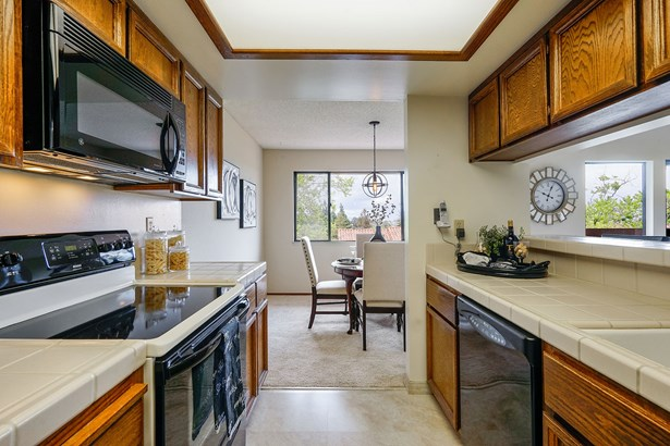 22135 Sevilla Road, Unit 38 Unit 38, Hayward, CA - USA (photo 5)