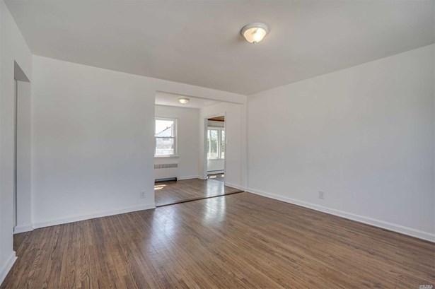 Residential, Cape - W. Hempstead, NY (photo 4)