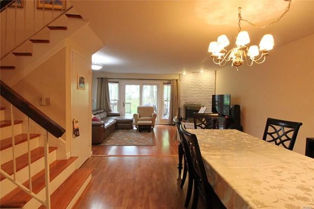 Rental Home, Condo - Woodbury, NY (photo 2)