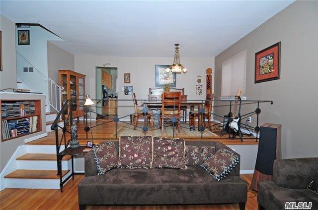 Residential, Split - Huntington Sta, NY (photo 5)