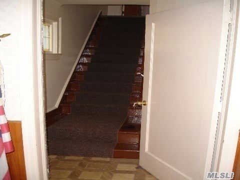 Rental Home, Apt In House - Floral Park, NY (photo 3)