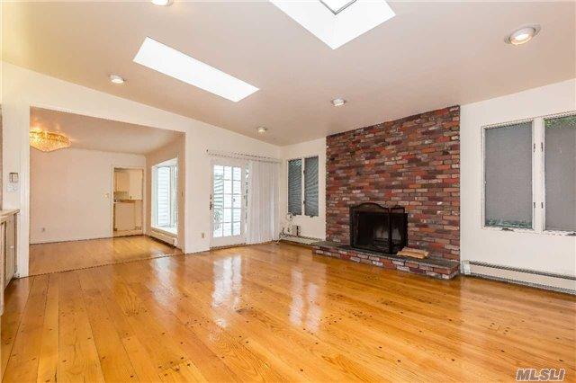 Rental Home, Exp Ranch - Roslyn, NY (photo 5)