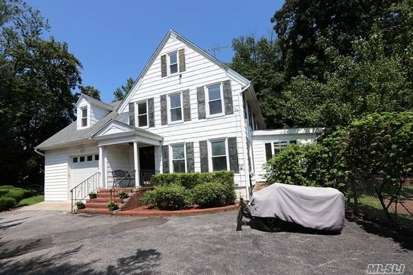 Residential, Colonial - Great Neck, NY (photo 1)