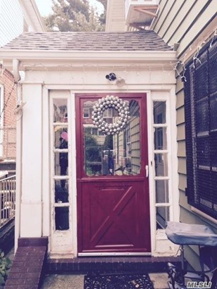 Rental Home, Apt In House - Flushing, NY (photo 1)