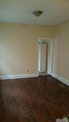Rental Home, Apt In House - Flushing, NY (photo 3)