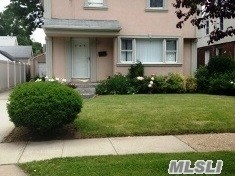 Residential, Colonial - Hempstead, NY (photo 1)