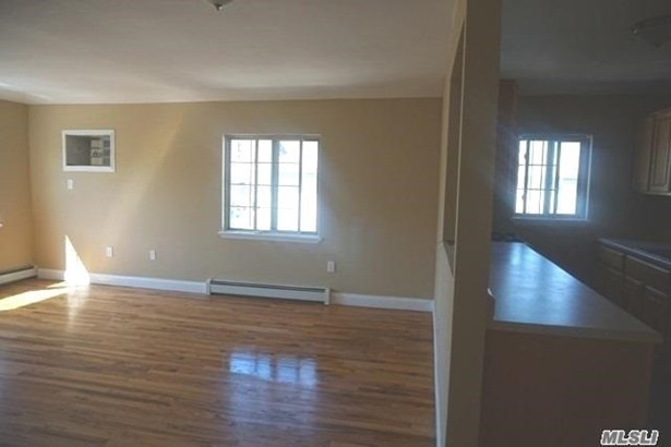 Rental Home, Apt In House - Far Rockaway, NY (photo 2)