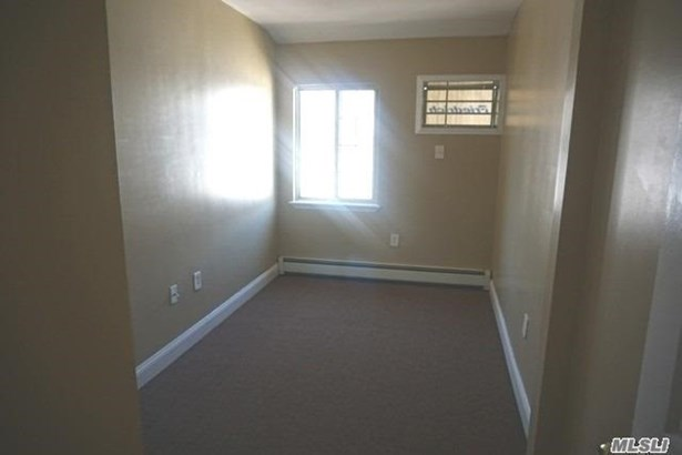 Rental Home, Apt In House - Far Rockaway, NY (photo 5)
