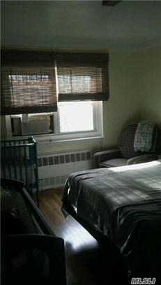 Rental Home, Colonial - E. Elmhurst, NY (photo 3)