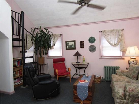 Residential, Cape - Bellerose, NY (photo 4)