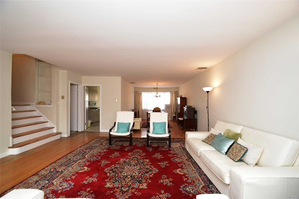 Residential, Split - Douglaston, NY (photo 2)