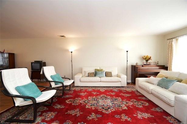 Residential, Split - Douglaston, NY (photo 4)