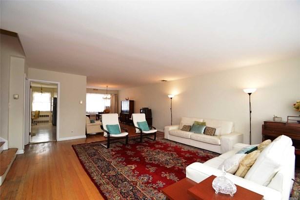 Residential, Split - Douglaston, NY (photo 5)