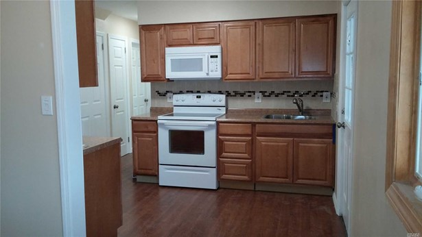 Rental Home, Apt In House - East Meadow, NY (photo 3)
