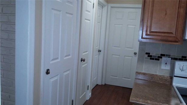 Rental Home, Apt In House - East Meadow, NY (photo 4)