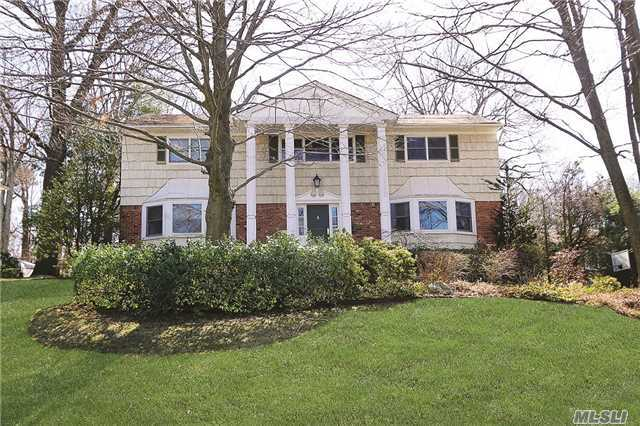 Rental Home, Colonial - East Hills, NY (photo 1)